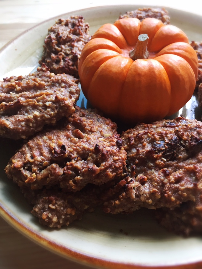 Vegan Pumpkin Spice Cookies